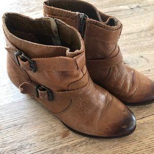 Steve Madden Cognac Leather Booties